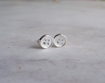 Silver Button Earrings / Knit Jewellery / Tiny Buttons / Small Studs / Silver Buttons