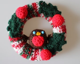 Traditional Robin Mini Wreath