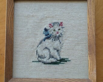 Vintage Needlepoint Cat Picture