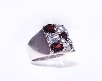 Garnet silver ring and Crystal