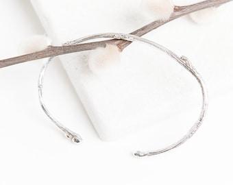 A sterling silver twig bracelet