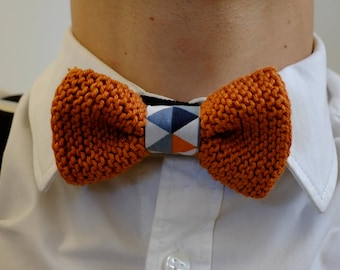 """Bowtie """"Gary"""". Hand knitted in cotton thread. Caramel colors."""