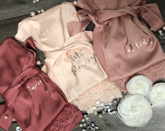 Bridesmaid robes Set of 1,2,3,4,5,6,7,8,9,10,11,12,13,14 Bridesmaid Gifts-Custom Wedding Robes-Gift for Bride-Satin Lace Robes-Bridal Robe
