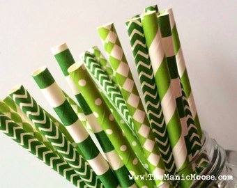 Set of 25 Green Patterned Mixed Straws ~ Perfect for ST. PATRICK's themed parties or events!