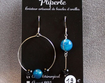 Asymmetrical earrings in surgical steel and glass beads