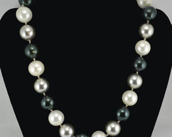 Vintage Ciner Necklace Round Glass Beads Black / Silver / White, Hand Knotted