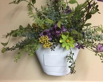 Wild flower wall bucket