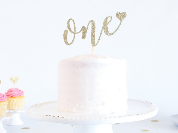 One Cake Topper with heart - Glitter - First Birthday. One Cake Topper. Smash Cake Topper. First Anniversary. 1st Birthday. 1 Cake Topper.