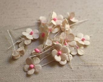 fleurs papier mulberry blanc et rose