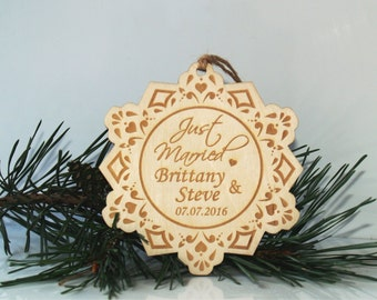 Personalized Christmas ornament, Just married ornament, Wedding ornament, Christmas tree ornament, Mr and Mrs ornament, Wedding ornament