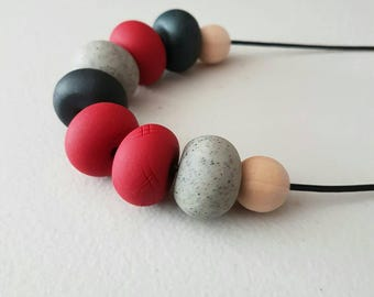 Red clay necklace/ red and black/ necklace/ polymer clay jewellery/ clay jewelry/ red/ beaded necklace/ red beads/ gift for her