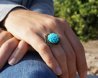 Bright blue ring Mum flower ring Sky blue ring Blue rings for women Brass statement ring Blue cocktail ring Bronze ring women Unique jewelry