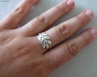 Silver Leaf Engagement Ring - engagement ring , silver engagement ring , wedding band , woodland ring , twig ring , leaf ring , silver ring