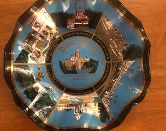 1960s Disneyland Houze Art Scalloped Dish