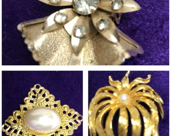 Vintage broches,lot of three