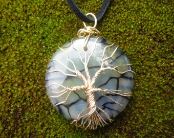 Tree of Life pendant, Agate pendant, Tree of life necklace, dragon's vein agate, Gemstone pendant, gold tree of life, Tree