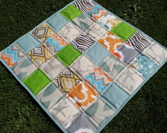 READY TO SHIP Modern baby quilt ,Layered Blanket ,mat for baby ,car seat blanket ,modern quilt ,  32 x 32 inch