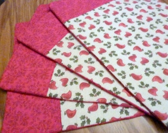 Set of 4 Placemats - Christmas placemats- Off White with Red brids - Red and Green - Cardinals