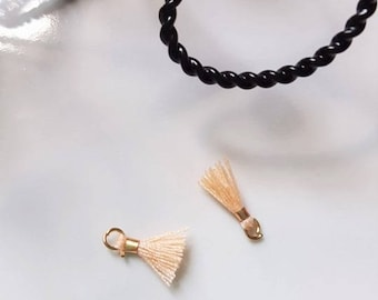 2 x mini pompons tassels with gold ring