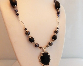Ireland's Kilkenny Marble CabachonI Victorian Necklace with Freshwater pearls & Swarovski Crystals