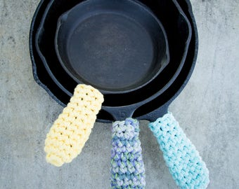 Cast Iron Handle Cover - set of 2 - Crochet Cast Iron Cover, Crochet Pot Holder Kitchen Camping with Cast Iron