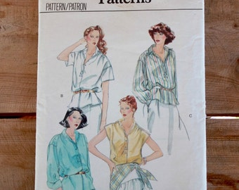 1970s loose fit blouse sewing pattern / Vogue 7037 / Bust 36""