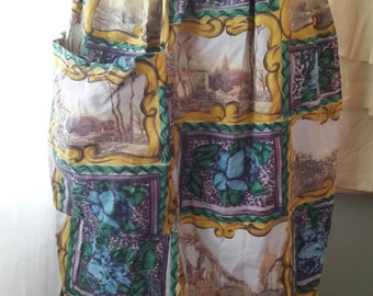 Vintage 50's - 60's Novelty scenic print Apron, pinafore