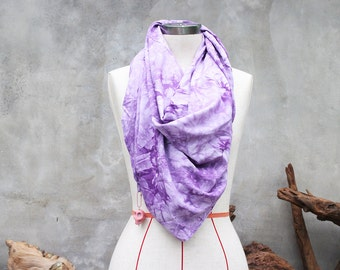 Purple tie-dye weighted scarf with large pink howlite skull charm