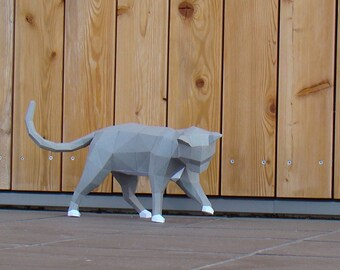 Low poly Curious Cat  model printable DIY PDF papercraft template, DIY Paper sculpture