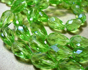 Crystal Beads Lt. Green Briolettes  or Teardrop 15x10MM
