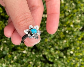 Silver Flower Ring with Turquoise Stone, Turquoise Jewelry, Turquoise Ring, Silver Flower Ring, Silver Jewelry