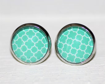 Round Glass Cabochon Stud Earrings 12mm Turquoise Clover Pattern Hypo Allergenic Surgical Steel Nickel Free