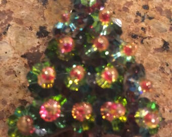 Vintage Christmas Tree Pin Brooch Red Green Rhinestones