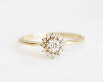 Halo Diamond Ring, Gold Diamond Ring, Diamond Engagement Ring, Simple Diamond Ring, Dainty Diamond Ring, White Diamond Ring, capucinne