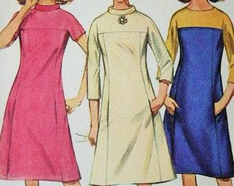 Vintage 1967 MOD Era Jiffy Simplicity Shaped Bias Roll Collar Yoked Dress Sewing Pattern 7196 Size 16 Bust 36