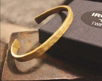 Brass Cuff Bracelet- Hand-forged Hammered Brass Jewelry/Cuff/Bracelet- Gold