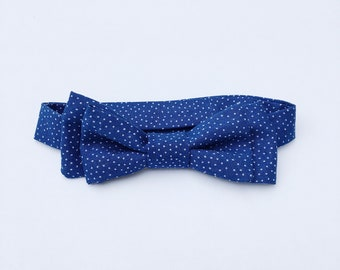 Wade Bow Tie - Blue Dots