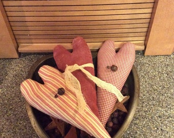 Set of 3!! Primitive heart bowl fillers/shelf sitters/tucks/Valentine