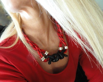 Statement Jewellery in red black nautical rope, Pendant with knots in black Polymer Clay, Jewelry Necklace, Women Polymer Clay Jewelry