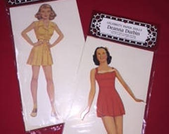 Hollywood Star Paper Dolls with Clothing Changes     #983