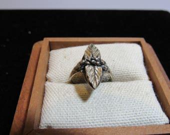 leaf ring marked 925