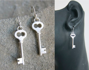 Skeleton Key Earring