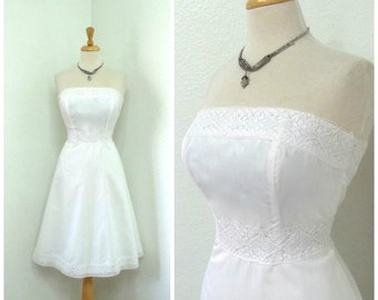 50s White cotton dress Eyelet lace Strapless Molly Simple Wedding Gown Small