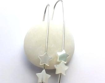 Pearl star drop earrings / Argentium silver Dangle earrings / Hypoallergenic / MOP star earrings / modern silver earrings / Drop earrings /