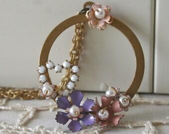 Jacinta - Vintage Floral Brass Necklace