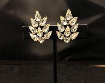 Vintage Clip-on Weiss Rhinestone Earrings 1950's