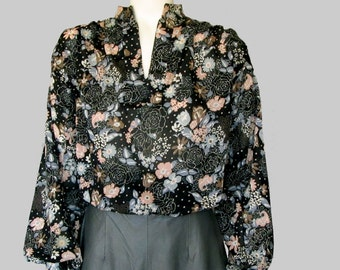 Vintage 70s floral semi sheer V – neck blouse top Styled by Sybil size medium Made in USA