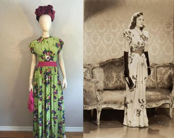 The Boys Are Home - Vintage 1940s Ceil Chapman Chartreuse Floral Rayon Long Evening Gown w/Cerise Waist - 2/4