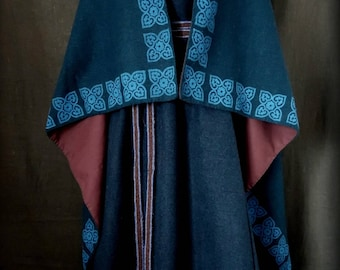 Made to order. Viking or Slavic cloak, Handwoven wool, Blockprinting, Reenactment, Early middle ages, Authentic