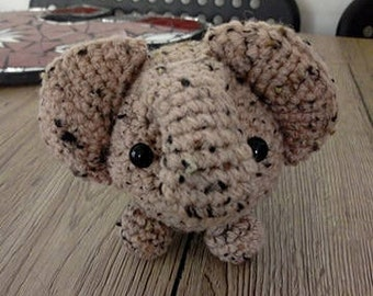 Elephant crochet; amigurumi elephant